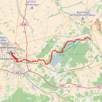 The Lacs de la Forêt d'Orient greenway