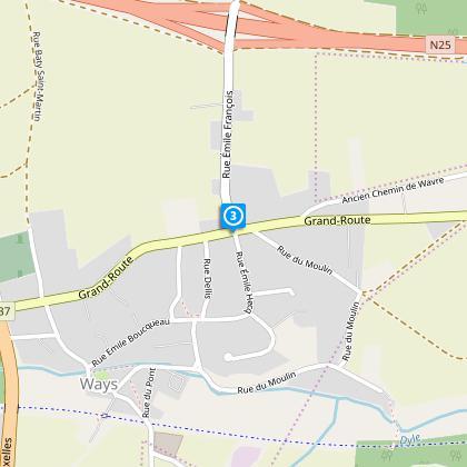 Au STOP N237 (route provinciale)