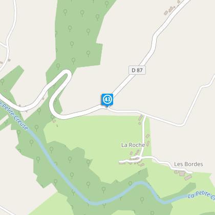 Carrefour après le hameau de Puy Ragau