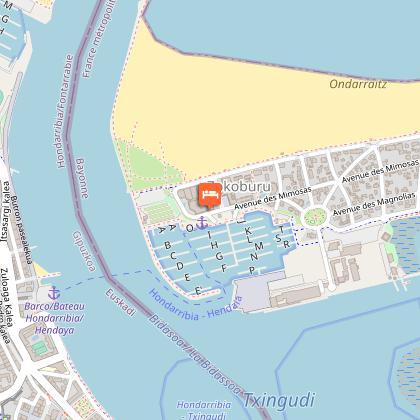 Résidence Sokoburu, Mme BERGER, T2 pour 4 port de plaisance