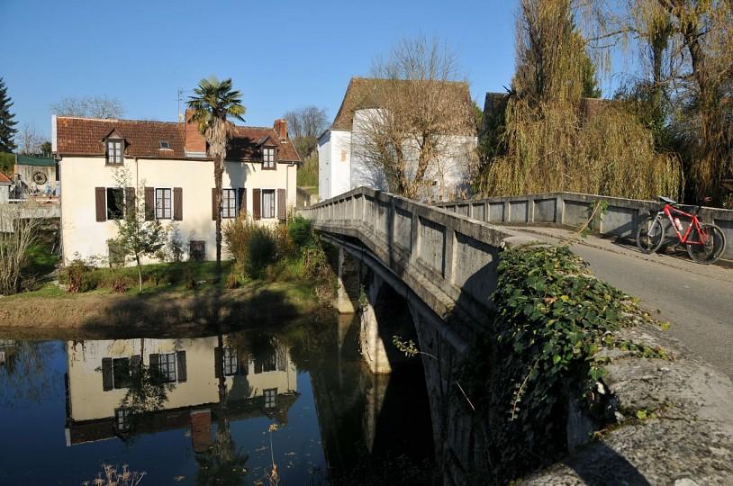 "La ""V 81"" de Salies de Béarn à Orthez"