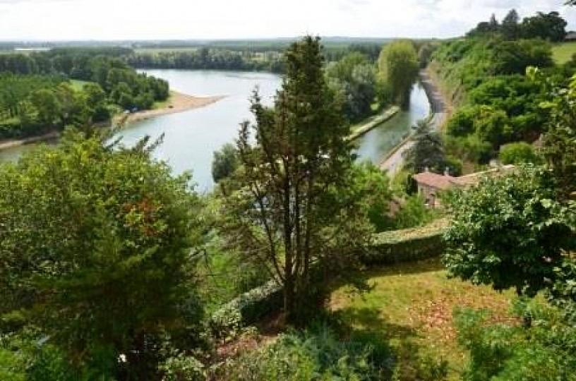 Meilhan-sur-Garonne et « sur canal »