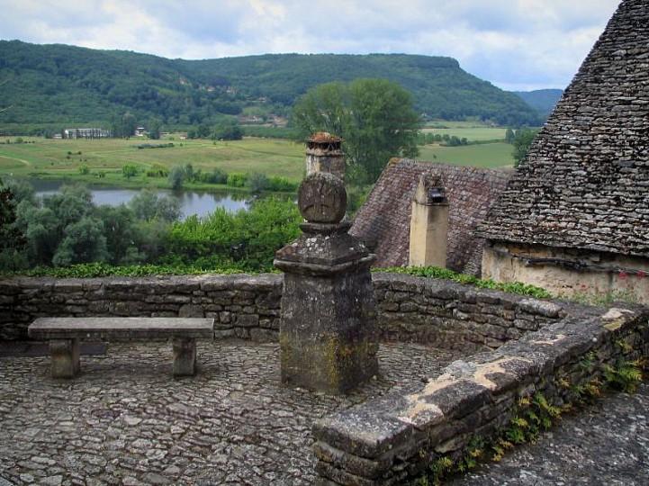 Boucle des Cygnes Noirs Beynac. Plus beaux vil ...