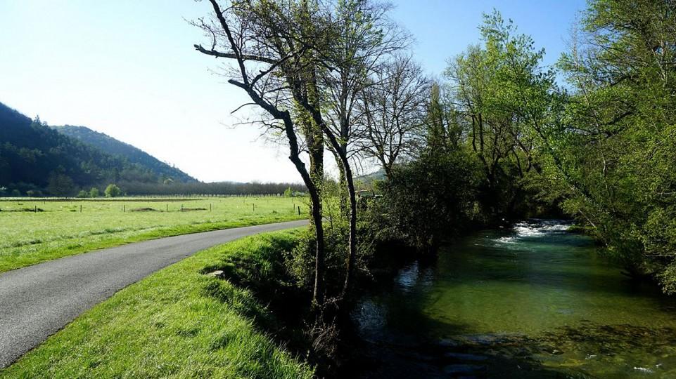 Vélo Route de la vallée du Céou
