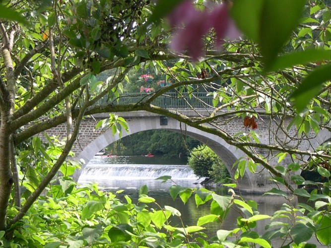 Pont-d'Ouilly