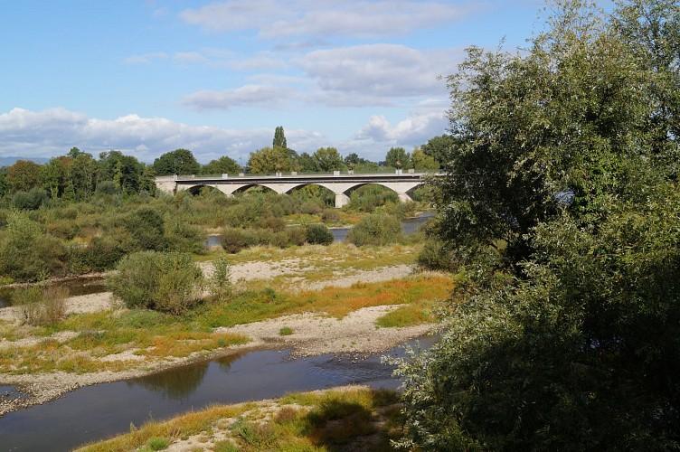 La voie des bords de Loire : Montrond-les-Bains / Ecopôle