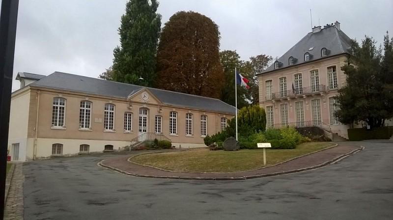 Marly le Roi - Château Couvé