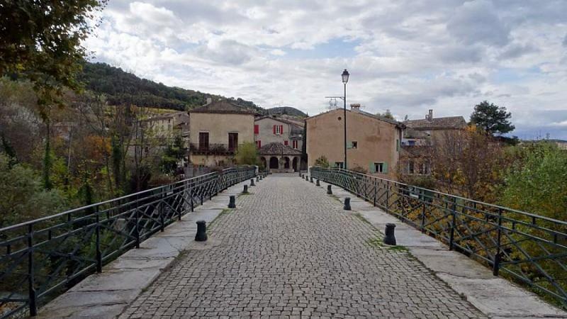 Le Vieux Pont à Mollans s/Ouveze