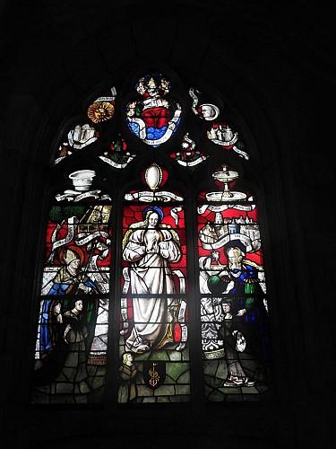 Église de Cravant, vitrail des lintabies