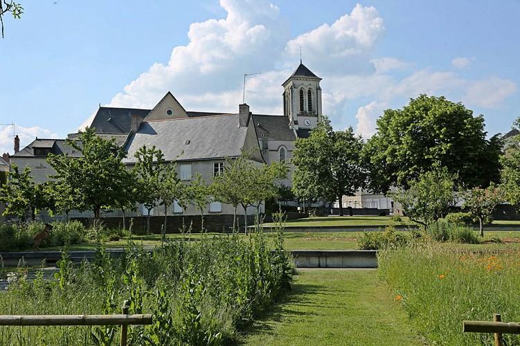 ECOUFLANT : Le Halage de la Sarthe et Sablières