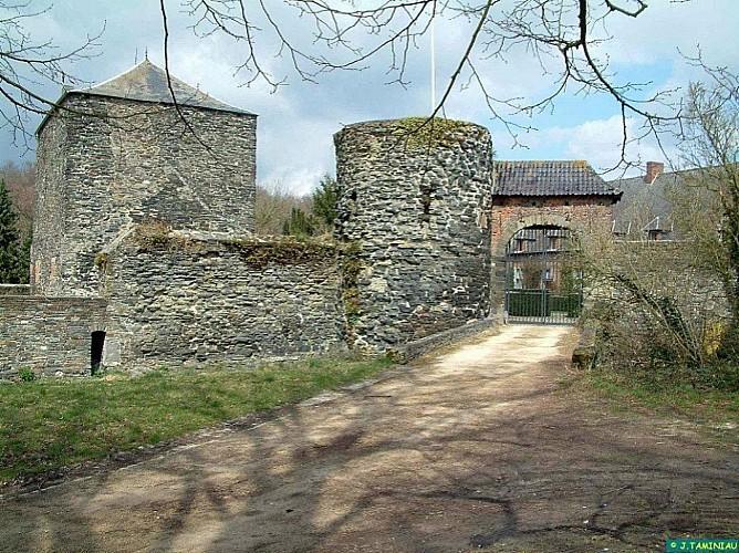 Villers-la-Ville : Vers les Châteaux (VTT et Cheval)