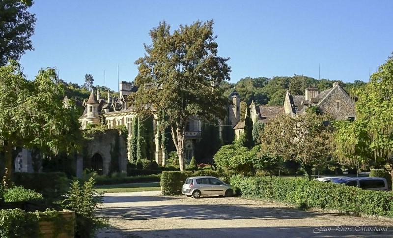 Ancienne Abbaye des Vaux de Cernay depuis le GR1C