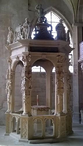 Eglise de Magny en Vexin - Fonds baptismaux
