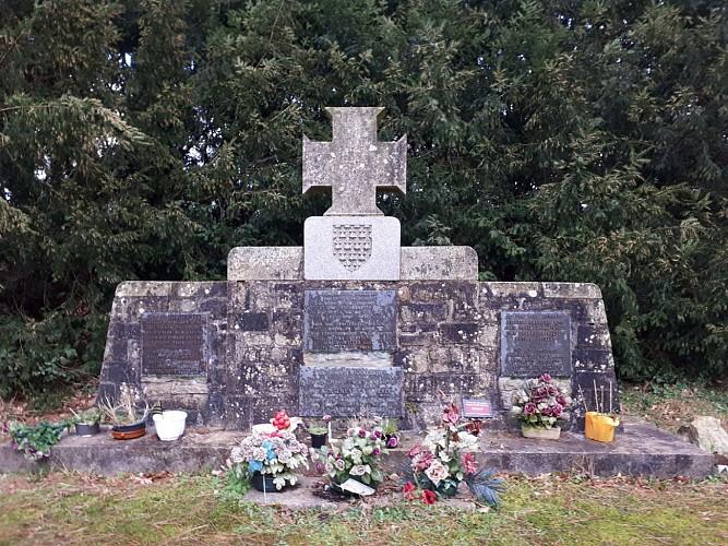 Stèle commémorant la bataille du 28 juillet 1488 entre les Bretons et les Français.