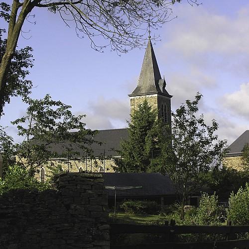 Elk dorp zijn eigen kerk