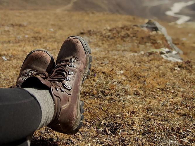 hiking-792800_1920