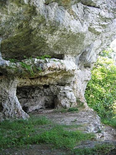 La grotte de Tebsima