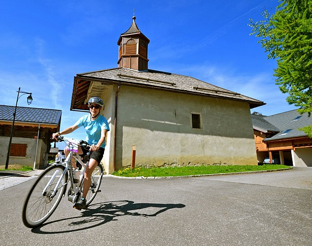 Village Tour of Crest-Voland