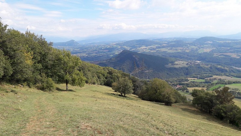 From Chaumont castle to Vovray