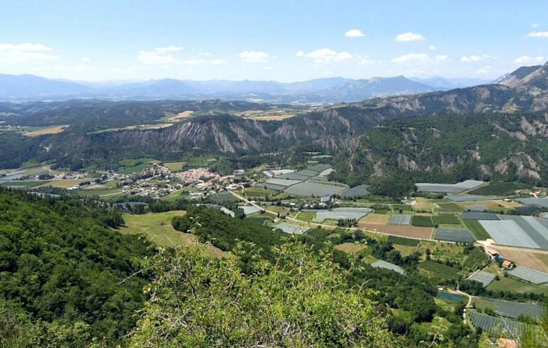 """Hiking route """"Tour de la Blachère"""""""