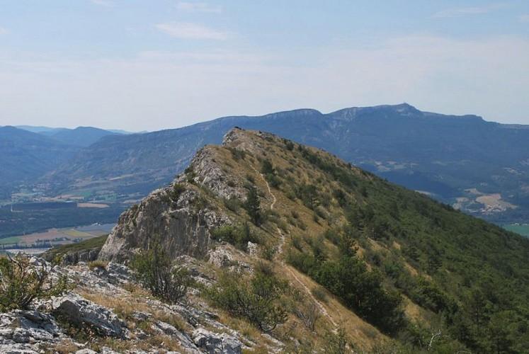 """Hiking trail """"Le Tour de la Montagne de Saint Genis"""""""