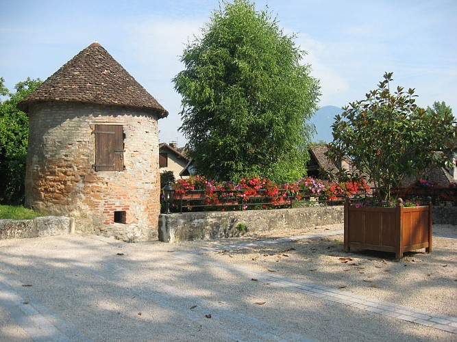 Sentier du village