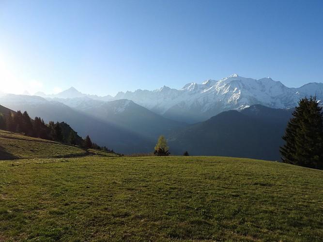 Vue Mont-Blanc depuis le site de décollage de parapentes