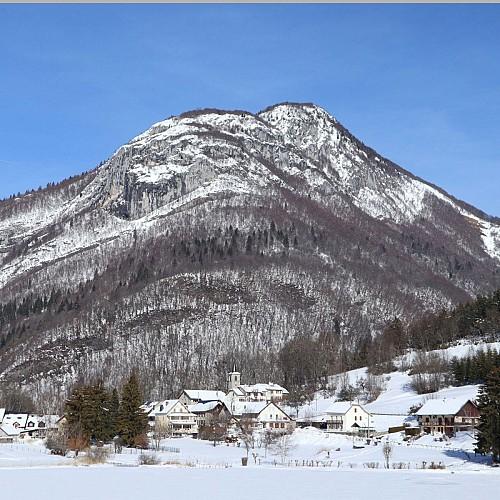 Pic de La Sauge en hiver depuis Le lac de La Thuile