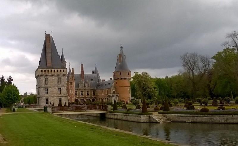 Chateau de Maintenon vu coté jardins