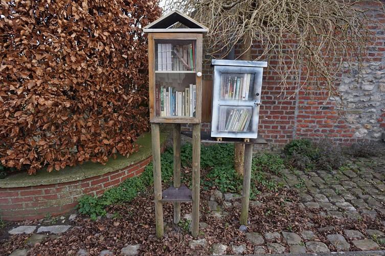 Villers-la-Ville: Balade des boites à livres