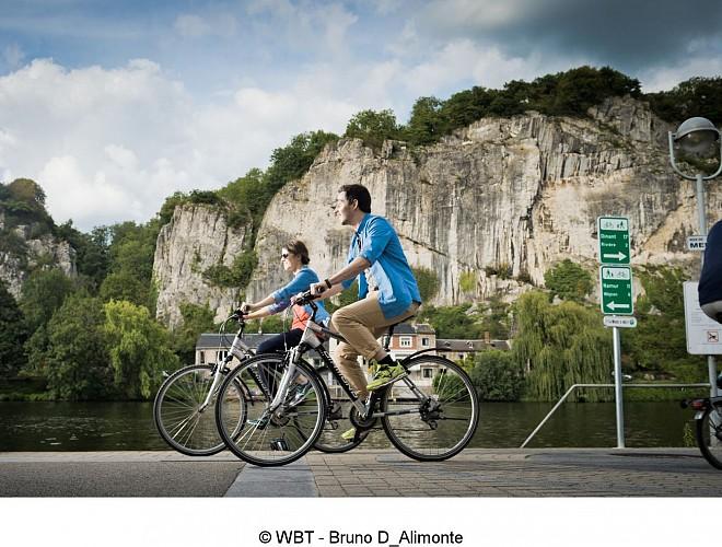 La Meuse à Vélo en Wallonie - de Namur à Dinant