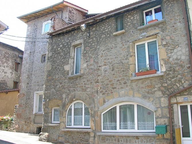 6. Détail d'une ouverture de la façade antérieure de la maison d'habitation n°59