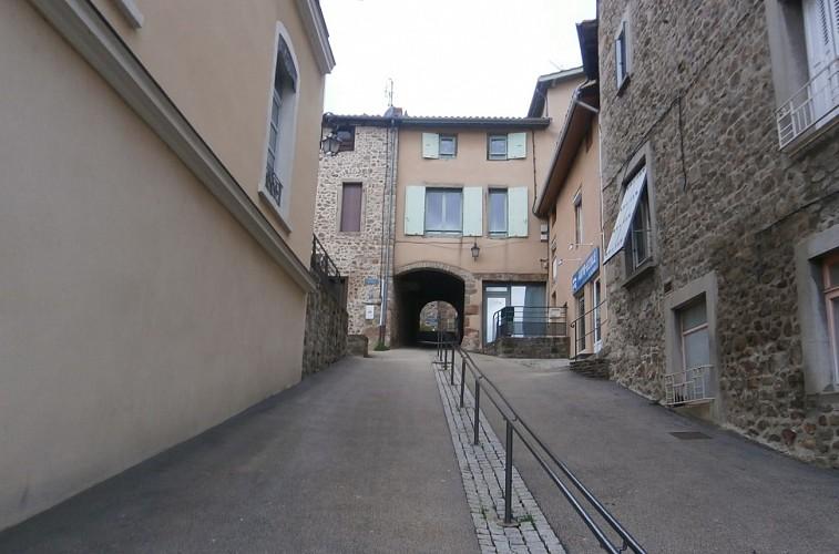 Heritage tour in St Symphorien sur Coise