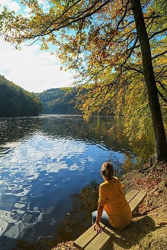 Nisramont: la solitude d'un grand lac