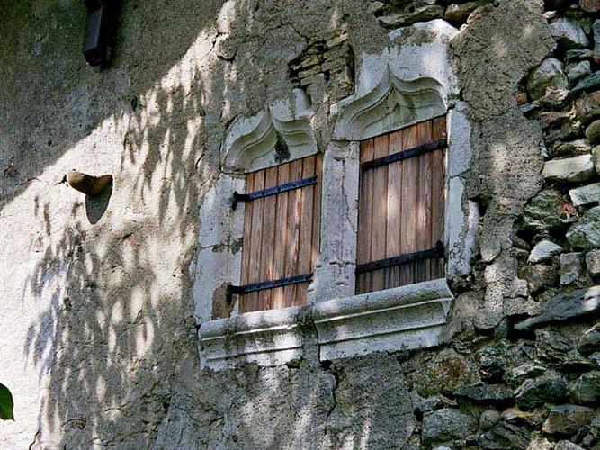 Maison forte de Raclaz dans le Vuache