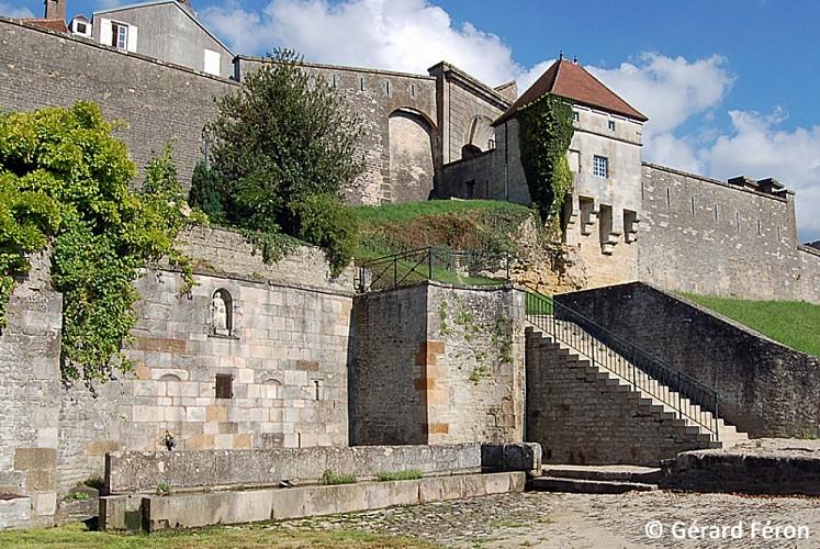 Les remparts de Langres