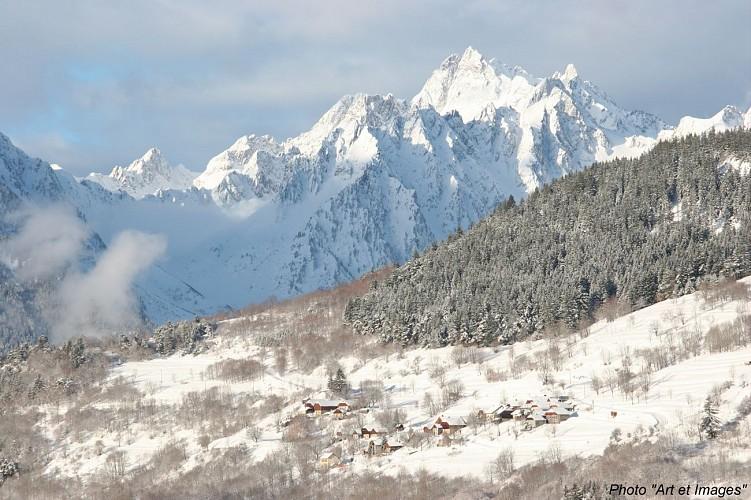 """Winter trail """"Le Chemin des Hameaux"""""""