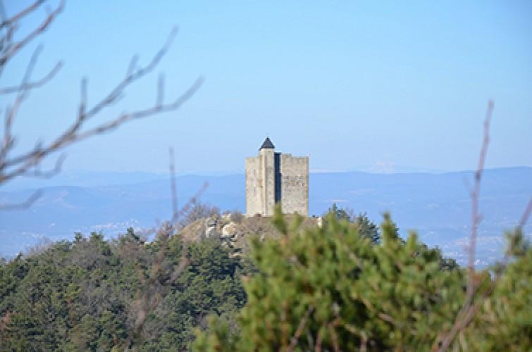 Combovin, de la Tour de Barcelonne à la chapelle Ste Marguerite