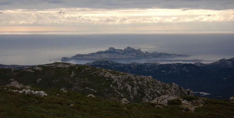 Ile Riou vue du Mt St Cyr