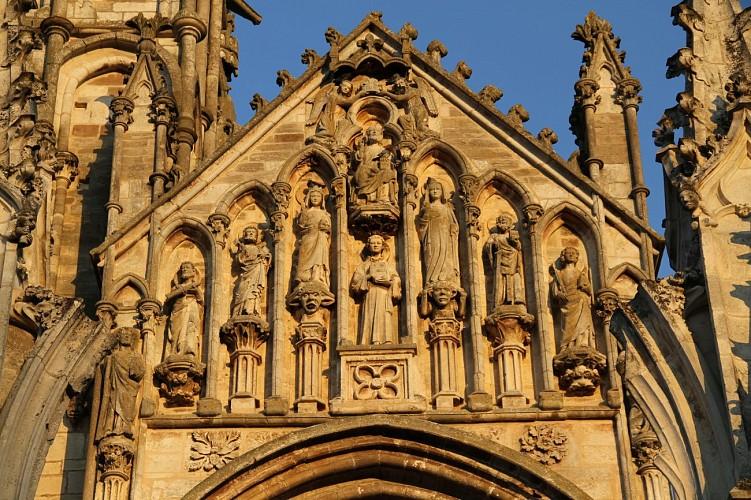 Boucle pédestre entre Vézelay et Saint Père