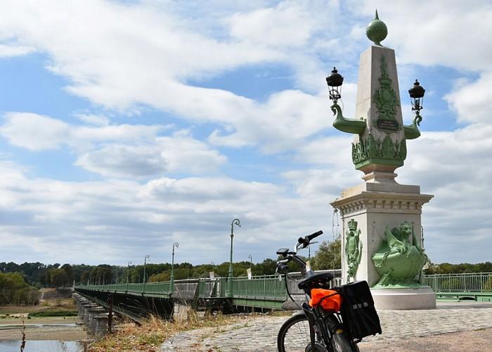 Canal_de_Briare_-_Les_deux_tracés_et_les_sept_écluses_à_Rogny