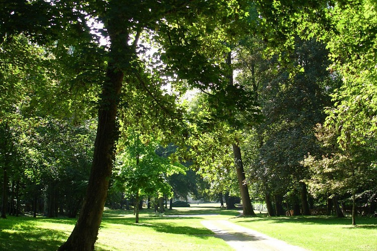 Découvrir Stenay : Au coeur de la ville
