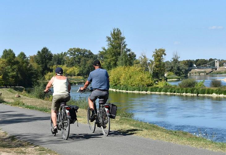 Eurovélo 6 La Loire à vélo - boucle Briare / Bonny-sur-Loire / Beaulieu-sur-Loire / Châtillon-sur-Loire