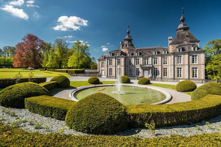 À pied, autour du Château de Modave