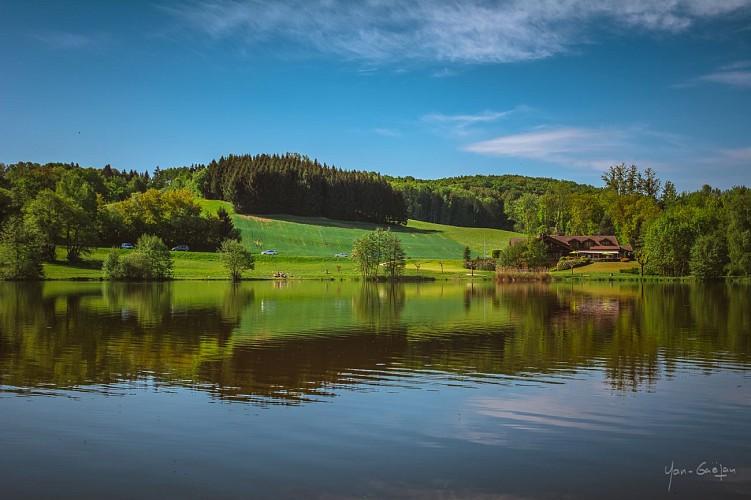 Tour du Lac des Dronières