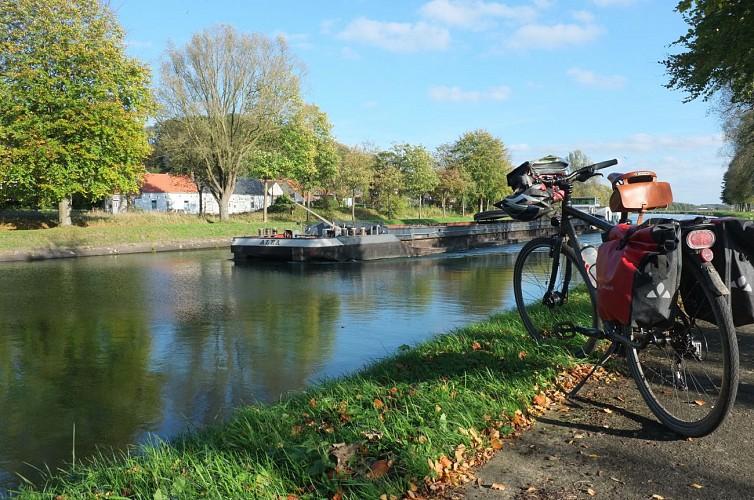 Mit dem Fahrrad in das Umland von Ath