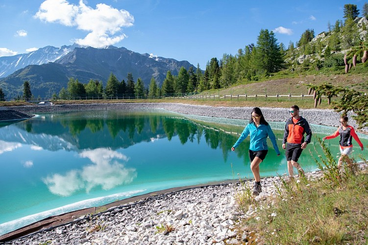 Hiking route: The Lac des Pierres Blanches via l'Esselet
