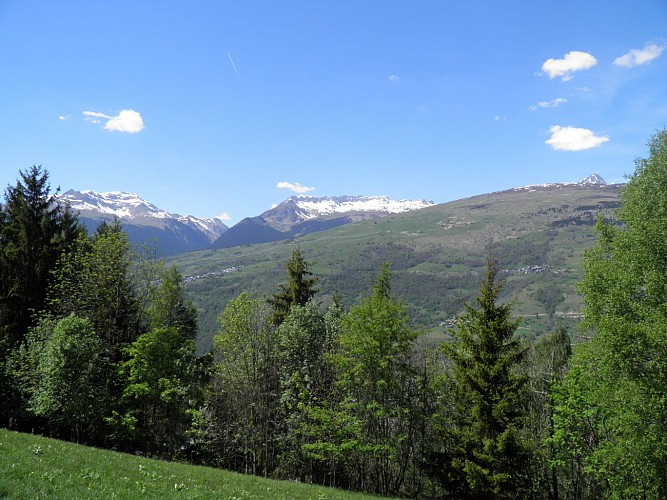 Hiking route: Les Coches via La Pierra