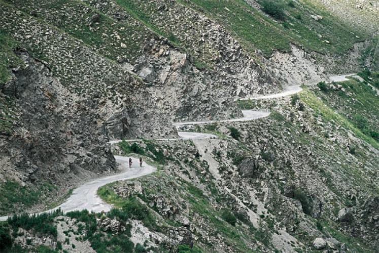 """La montée de l'Alpe d'Huez """"La sauvage"""" (n°6)"""