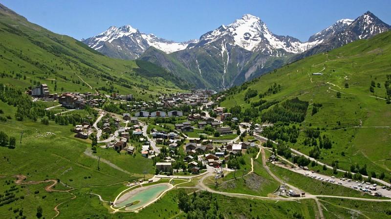 The climb up to 2 Alpes